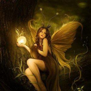 Une fée. dans Images pour enfants. 200639_333668736727316_1630582612_n-300x300